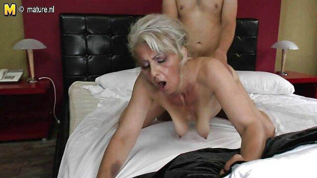 Sie Versucht Ihr oma alt sex Bestes, Um Es Zu Nehmen (Schütteln Orgasmen)
