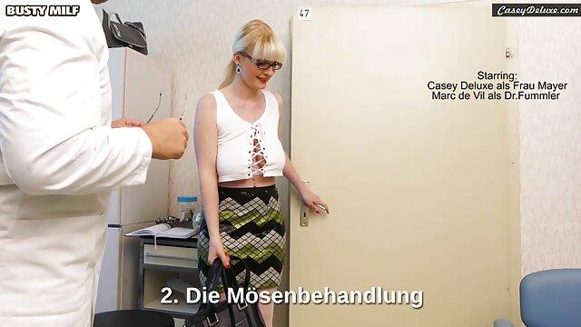 Massage Zimmer Big butt blonde gibt Abschluss handjob mit oma sex haben zu big cock stud
