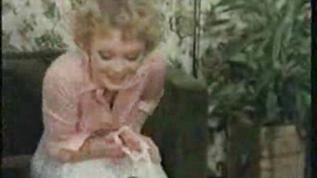 Anna Mibu hart gefickt und creamed hamster oma sex mit Sperma